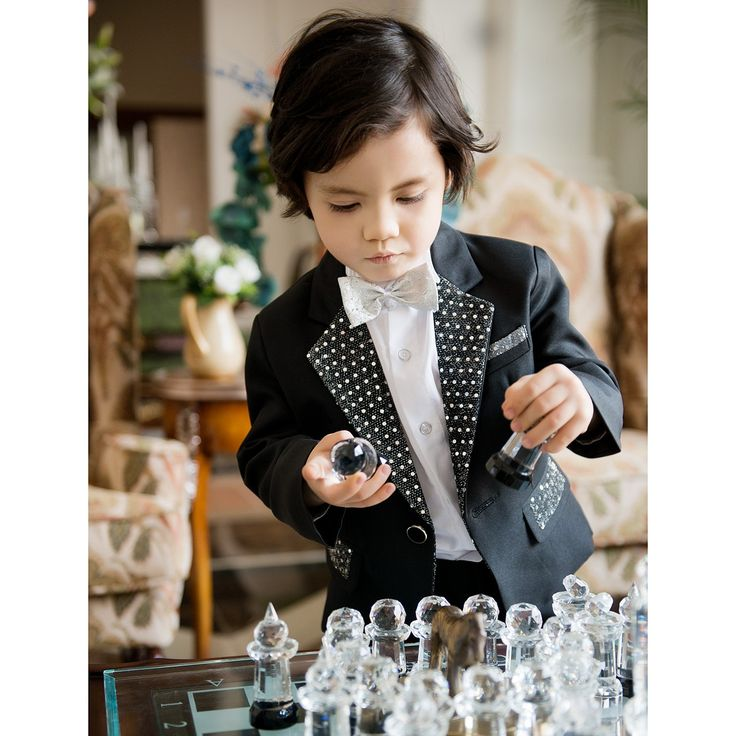 Ring Bear Outfits with Four Pieces Tuxedo Styles