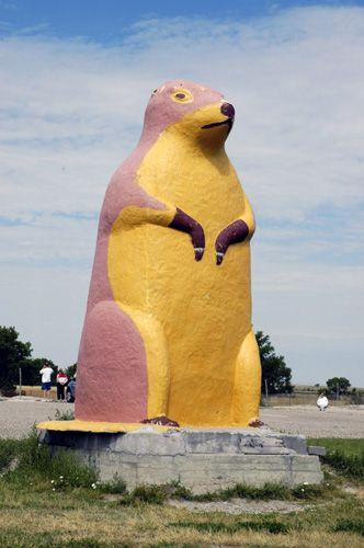 World's Largest Concrete Prairie Dog - Cactus Flats, SD