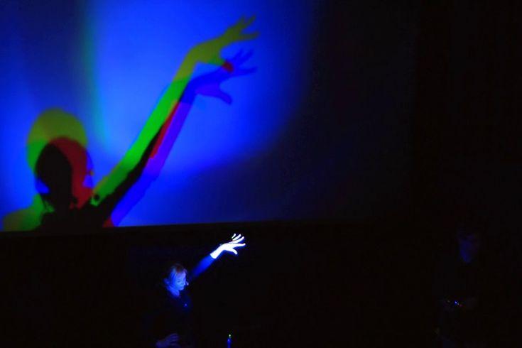 ÚDiF – Úžasné Divadlo Fyziky je program, který se snaží pomocí kejklířské a pouliční show ukazovat fyziku jako inspirující divadlo. Divákům nabízí úžas a porozumění, učitelům inspiraci, jak žáky a...