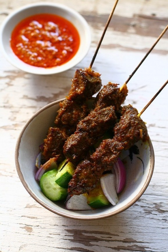 Beef Satay With Spicy Peanut Sauce Recipe — Dishmaps