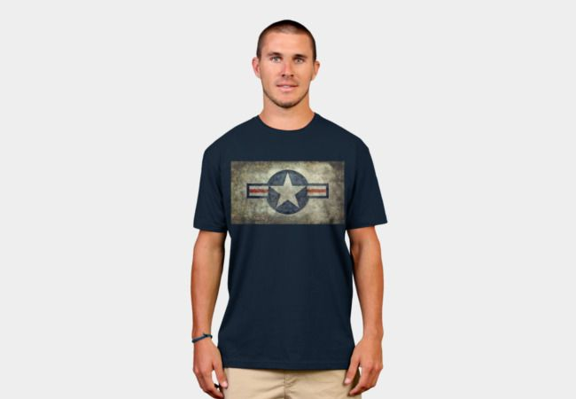 USAF style vintage roundel insignia T-Shirt - Design By Humans #USAF #USAFtee #airforce