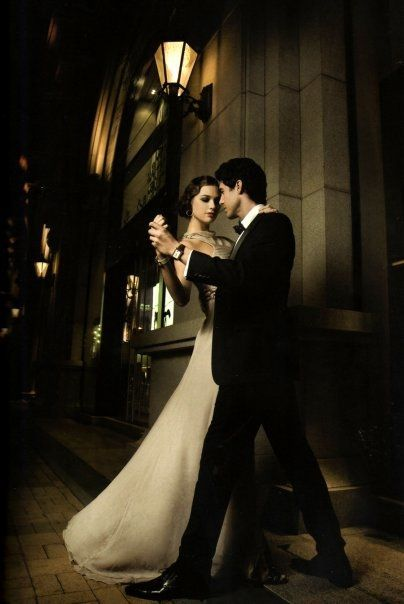 Best 25 dancing couple ideas only on pinterest love for Romantic evening in paris