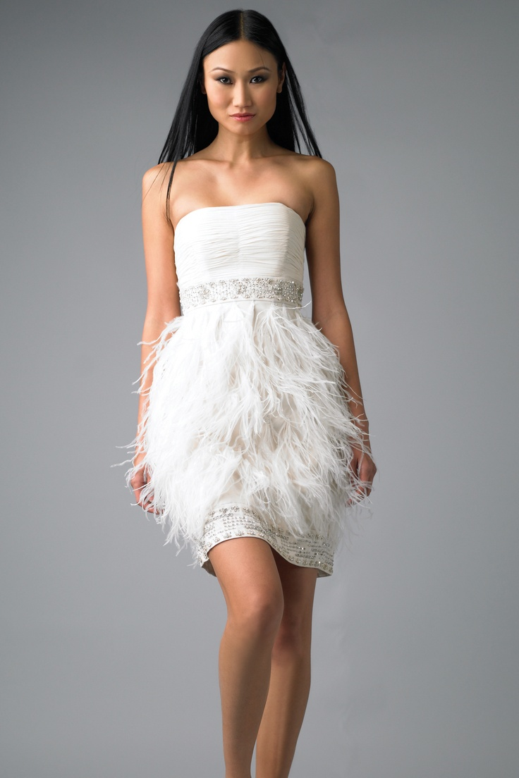 Best 20 feather wedding dresses ideas on pinterest more for Short feather wedding dress