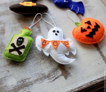Подарки на Хэллоуин ручной работы. Ярмарка Мастеров - ручная работа. Купить Spooky halloween орнамент из фетр. Handmade. Разноцветный