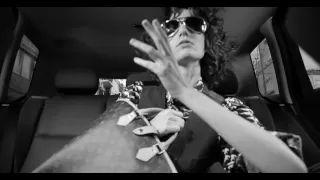 Andrés Calamaro - Cuando no estás (Videoclip oficial) - YouTube