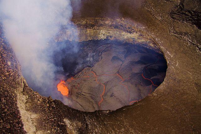 Halema`uma`u - Kīlauea valcano - Planet Earth