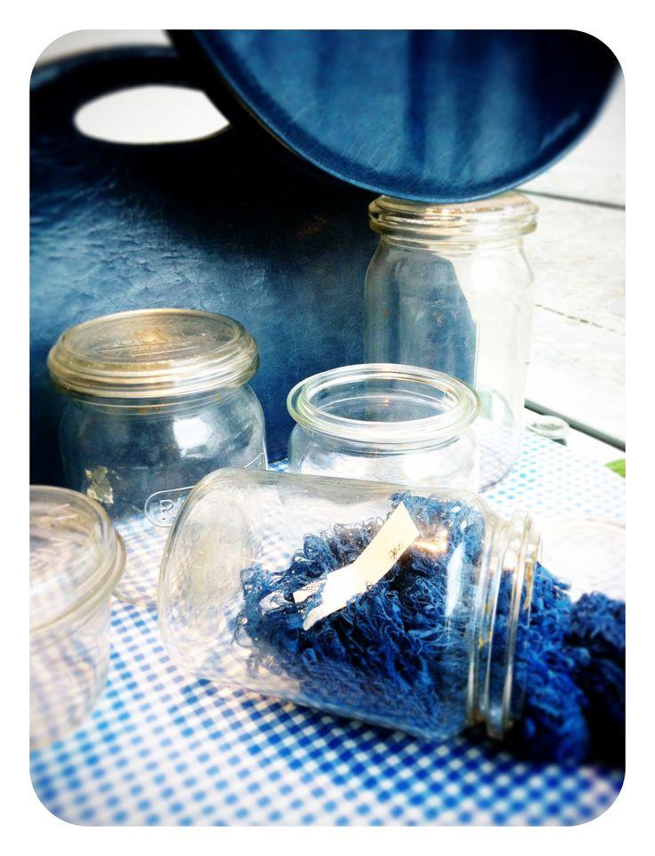 wekpotten - blauw - blue - window - etalage - shop awardt - www.awardt.be
