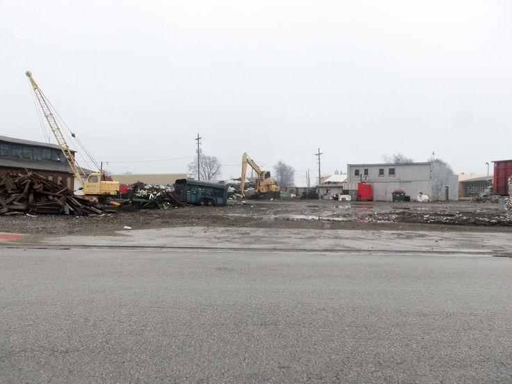 John Deere 790E LC scrap handler at Oscar Winski's in Frankfort