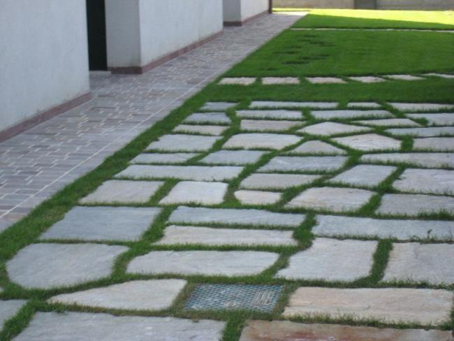 Oltre 25 fantastiche idee su pavimentazione da giardino su - Posa piastrelle giardino a secco ...