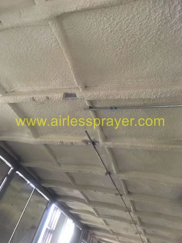 Polyurethane Foaming Insulation Machine For Pigsty Industrial Paint Sprayer Insulation