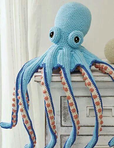 Elegant octopus to crochet