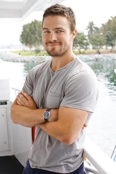 Stephen Amell - He really is a good actor. Not just a pretty face.