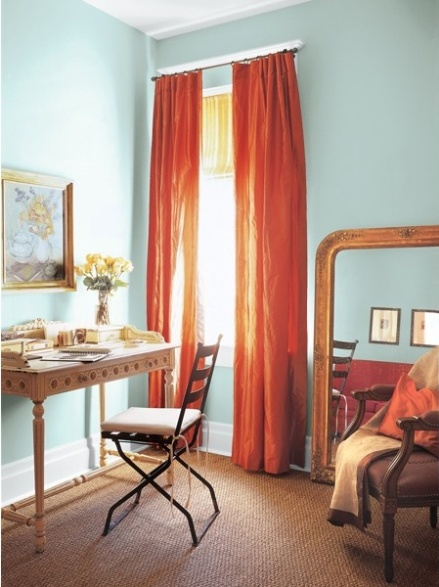 OH this color combination! makes me think of oranges and blue skies....
