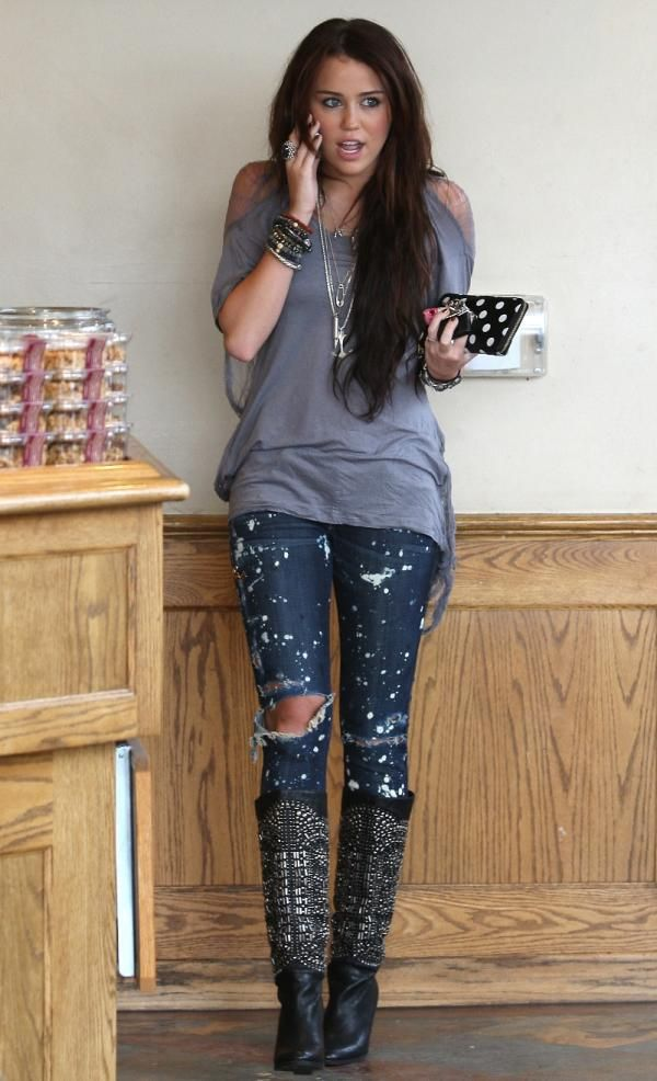 Miley Cyrus Outfits   Favorite Celeb Outfit: Miley Cyrus : Celebrities in Designer Jeans ...