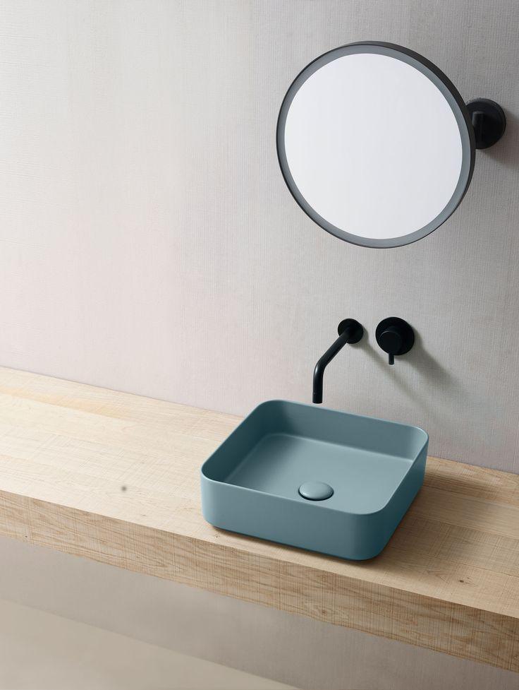 Lavabo quadrato da appoggio color POLVERE collezione Shui Comfort design by…