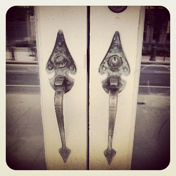 """""""I can't help it - I like  #doorhandle photos!"""" So do we http://instagram.com/laurieottawa, so do we. #GoBillings"""