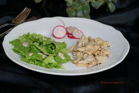 Pollo in salsa tahin