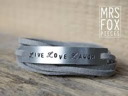 handgestempelde armbanden  Mooi, met eigen bedachte tekst