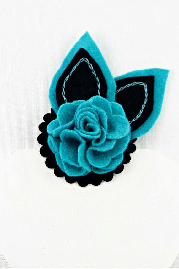 Felt flower brooch - sky blue and raven black