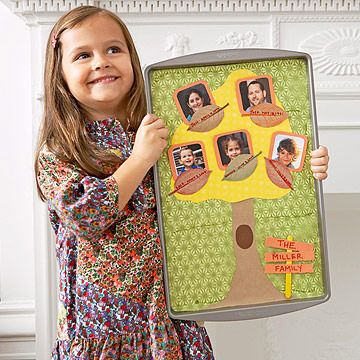 Top a cookie tray with construction paper and pictures to create this family tree. #keepsake http://www.parents.com/fun/arts-crafts/kid/lovely-leaf-crafts-for-kids/?socsrc=pmmpin100312cFamilyTree