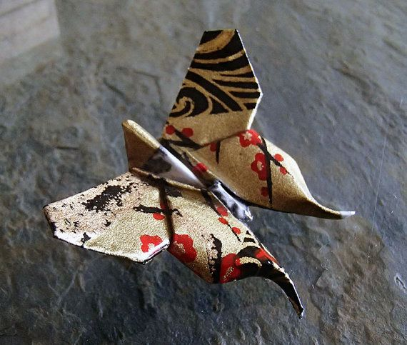 Brooch Black and Gold Origami Butterfly-broche by OrijujuShop