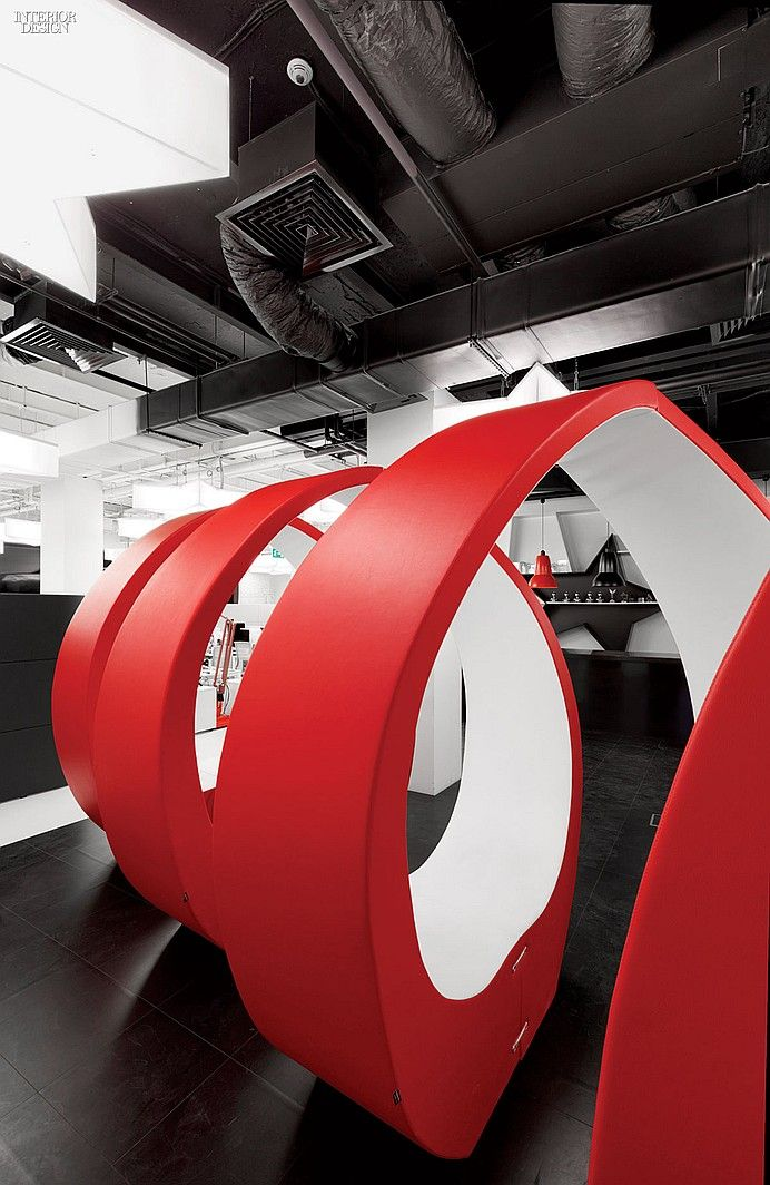 20/20 Vision: Leo Burnett Office by Nefa Architects. Fabio Novembre seating outfits the lounge. media company