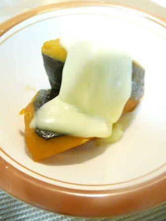 かぼちゃ煮のリメイク とろけるチーズのせるだけ^^♪