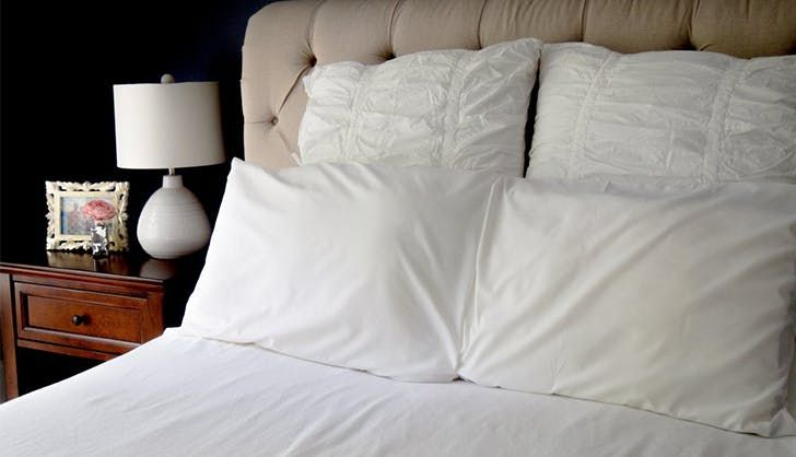 cooling pillows and pillowcase to help you sleep