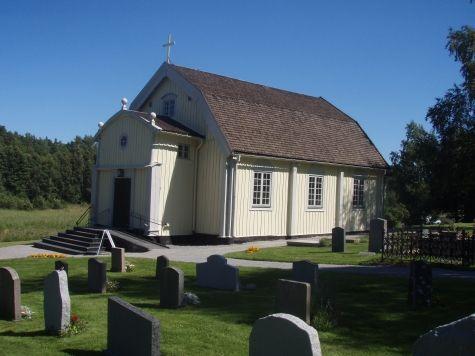 Ingarö kyrka utifrån