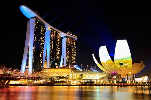 SINGAPORE-earth-hour-on