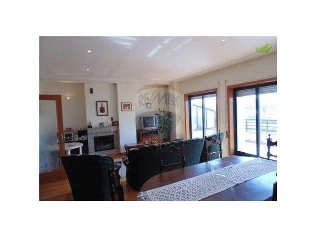 Apartamento T4 Venda 190000€ em Matosinhos, São Mamede de Infesta e Senhora da Hora - Casa.Sapo.pt - Portal Nacional de Imobiliário