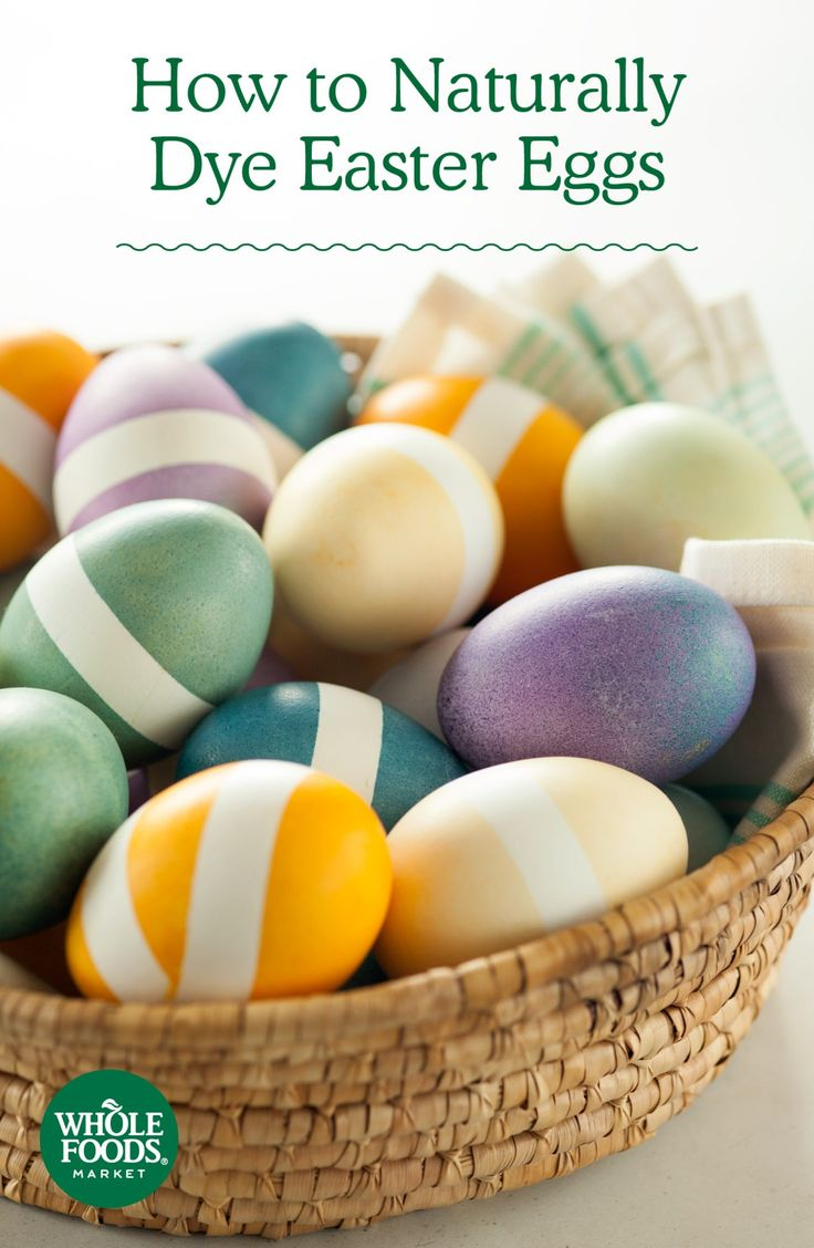 How to Naturally Dye Easter Eggs // This is a great time to embrace the mess and just get down and dirty! We like to use natural dyes made from everyday ingredients — combine the dyes with these tips for an eggcellent experience including vegan egg alternatives!