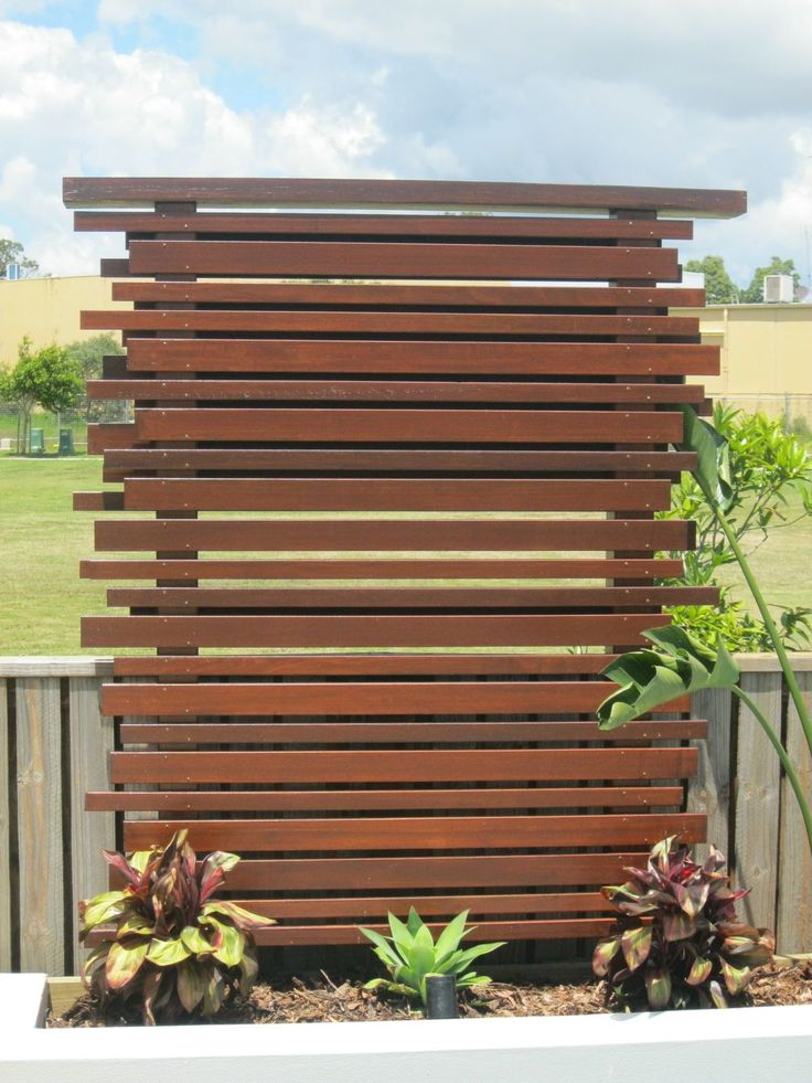 25 best ideas about outdoor privacy screens on pinterest for Landscaping ideas for privacy screening