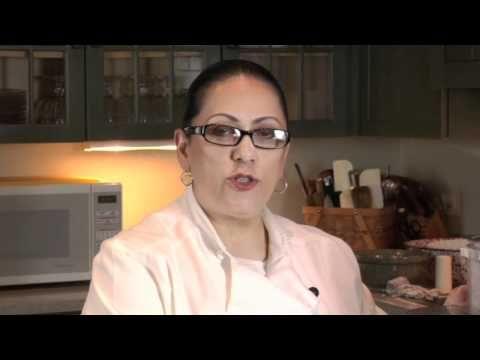 "6 Easy Steps to Little Grandma's Tamales Mexican Cooking Class   This recipe is very authentic ""Mexican"" and gives good instructions.   Esta receta  es muy autentica Mexicana, y da muy buenas instruciones a pesar de que es en Ingles."