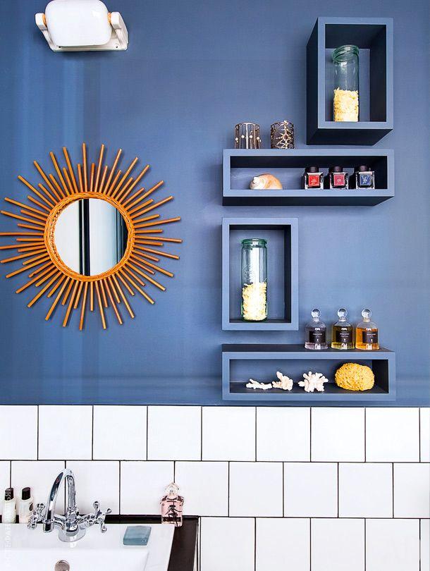 Фрагмент ванной комнаты. Зеркало, Midiune. Смеситель Roma, Stella.