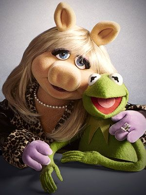 kermit & miss piggy. Piggy is so sexy! Im Piggi and Im as sexy as she is...lol!