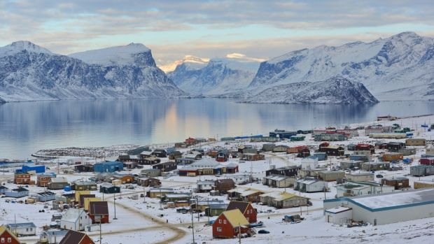 A fire at the local power plant has led to a community-wide power outage in the Nunavut community of Pangnirtung.