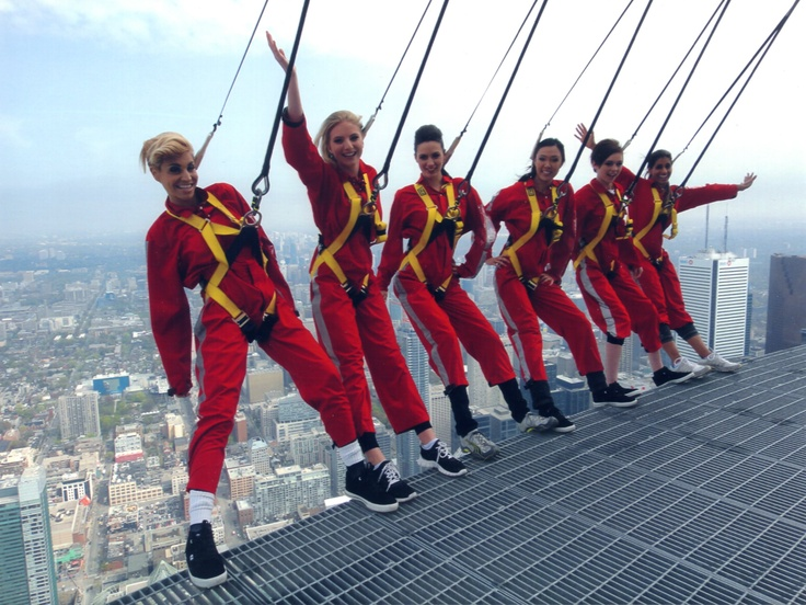 America's Next Top Model All-star Lisa D'Amato, recording artist Farahri and Sutherland models atop CN Tower's EdgeWalk May 2/12 #ANTM