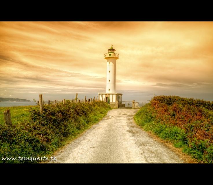Faro de Lastres,Asturias by Toni Duarte, via 500px