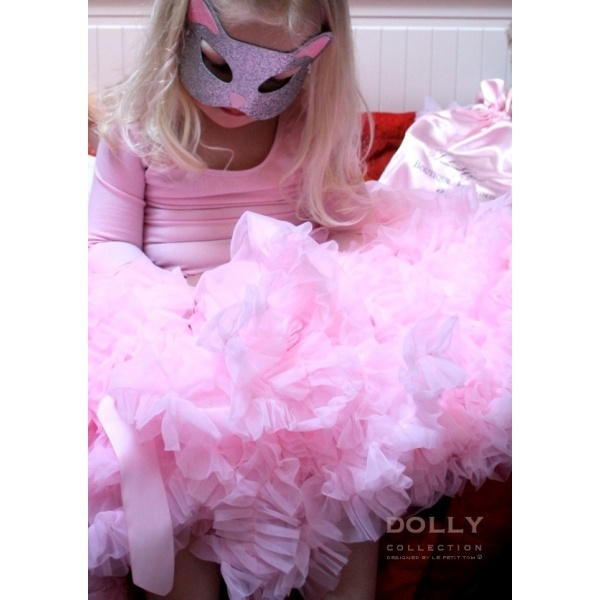 so sweet and lovely Shirley Temple. DOLLY skirt for sweet girls :)