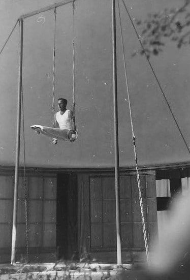Gymnastic Rings: Why to Use Them, How to Buy Them, and Where to Hang Them