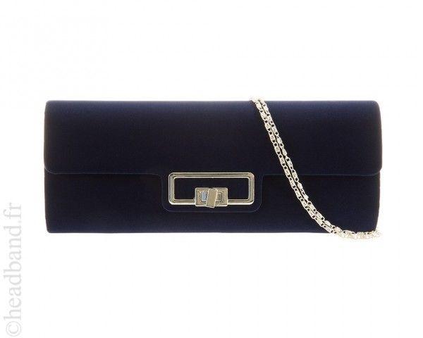 14eb856799 Pochette imitation daim bleue   Accessoires de mode   Pochette, Sac soirée  et Daim bleu