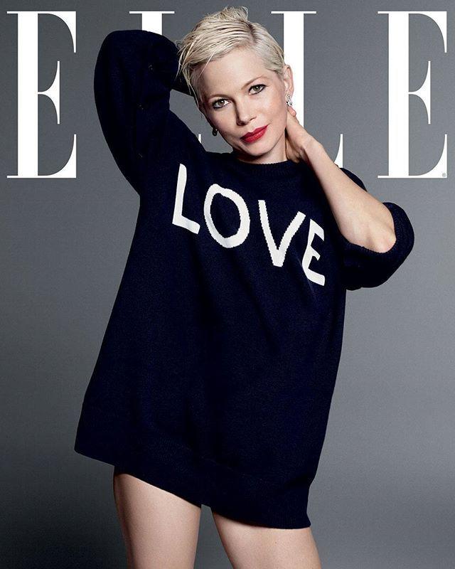 """Michelle Williams var i lang tid mest kendt for at være Heath Ledgers """"efterladte ekskæreste"""" men den 36-årige filmaktuelle skuespiller har nu i den grad fundet mod til at skabe en karriere med dybe dystre projekter der trækker på hendes livserfaringerMød den cool skuespillerinde i månedens ELLE der lige er kommet på gadenFoto: Terry Tsiolis #ELLEmarts #MichelleWilliams #interview  via ELLE DENMARK MAGAZINE OFFICIAL INSTAGRAM - Fashion Campaigns  Haute Couture  Advertising  Editorial…"""