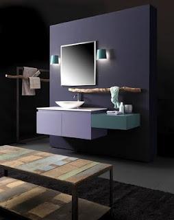 Mueble de baño espectacular. En color malva y verde esmeraldo. Apliques en verde esperaldo. Composición KS de Karol baño.