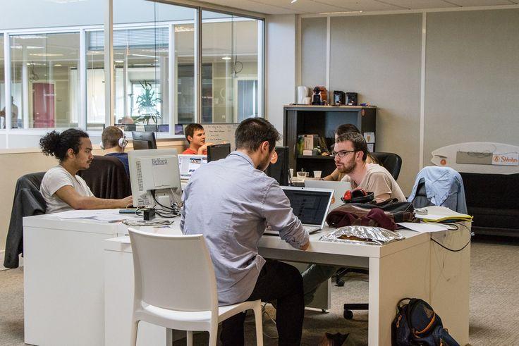 L'IOT Valley (de l'anglais internet of things, en français : l'internet des objets) basée près de Toulouse vient de s'agrandir de 3000 mètres carrés. Une croissance qui reflète l'ambition de cette pépinière française à devenir un centre mondial de l'internet des objets.