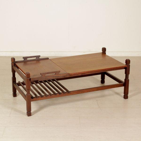 Tavolino da centro con vassoio asportabile; legno di teak.