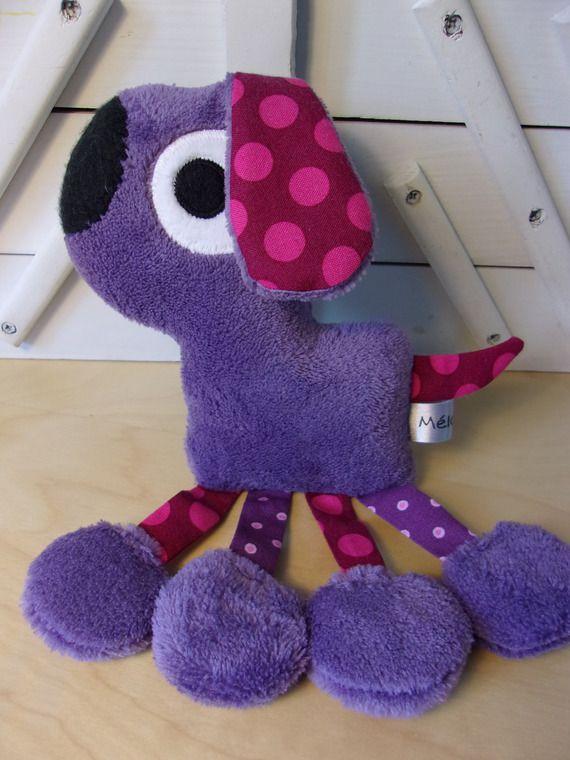 Doudou chien violet et fuchsia - réservé