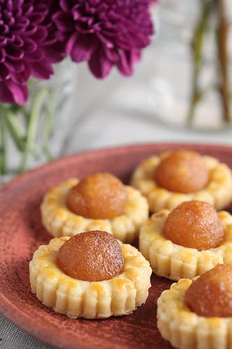 Pineapple tarts......this super auspicious cookies is a must have in every household during the Chinese New Year