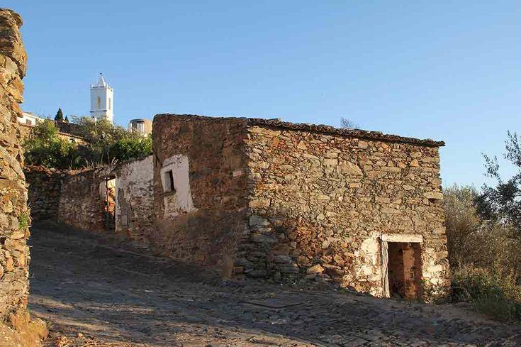 Município de Reguengos de Monsaraz vai criar Centro de Acolhimento Turístico na vila medieval de Monsaraz | Portal Elvasnews