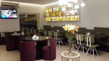 A continental restaurant or cafe is looking for sale in prime location of Bangalore. It is decently performing restaurant cum cafe with wonderful ambiance. It has all equipment, furniture and staff.